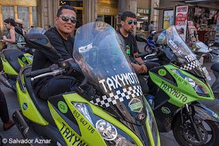 http://www.diariosdeunfotografodeviajes.com/2015/08/mototaxis-en-madrid.html