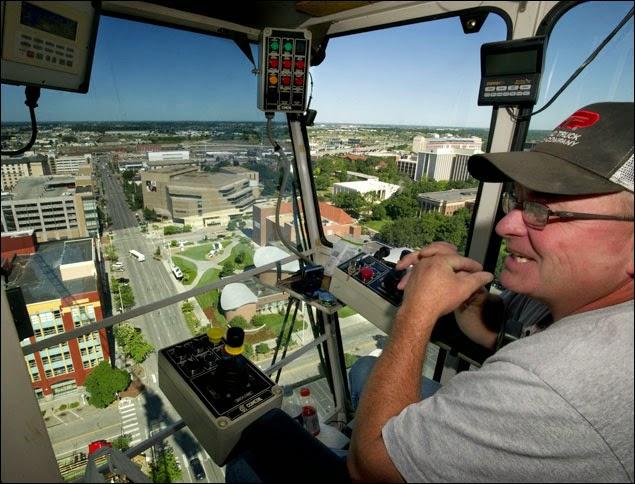 operator crane