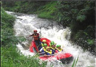 Jeram di Sungai Palayangan Bandung Selatan