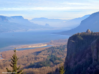 Crown Point, Vista House and the Columbia River Gorge
