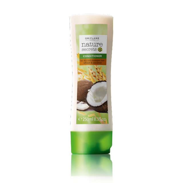 Creamy, fragrant Conditioner with strengthening Wheat proteins and nourishing Coconut oil, smoothes and softens dry, damaged hair, giving a healthy shine. 250 ml. Code:21862