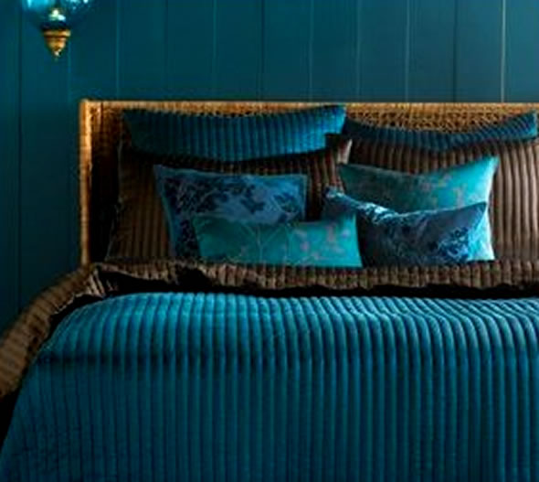 Beautiful Abodes: Using Teal