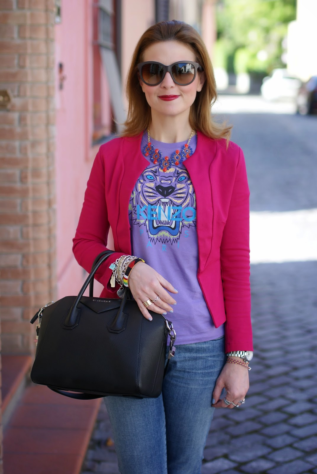 Kenzo tiger t-shirt, Givenchy Antigona bag, Roberto Botticelli slip on, Fashion and Cookies, fashion blogger