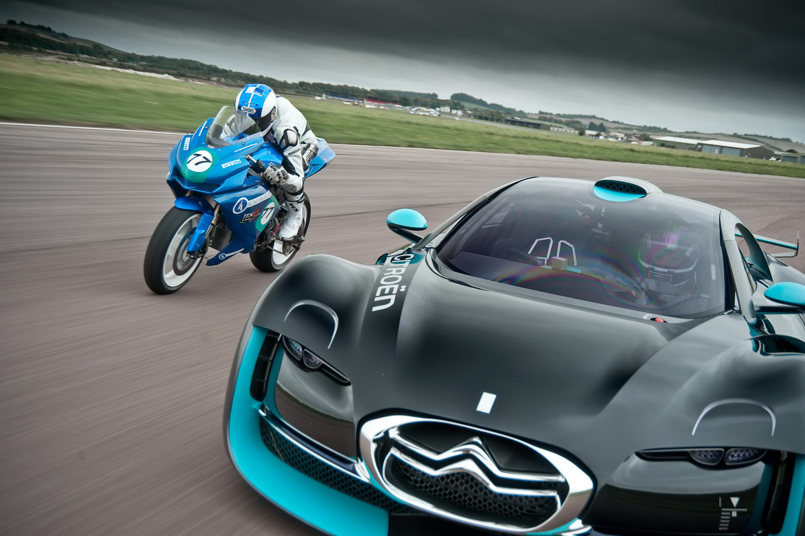 cars vs motorcycles Motorcycle vs car accidents motorcyclists are susceptible to sustaining serious injuries when involved in any collision involving a motorcycle and a passenger vehicle.