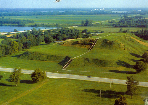 Cahokia Mounds Indians http://www.sharegoodstuffs.com/2012_01_24_archive.html
