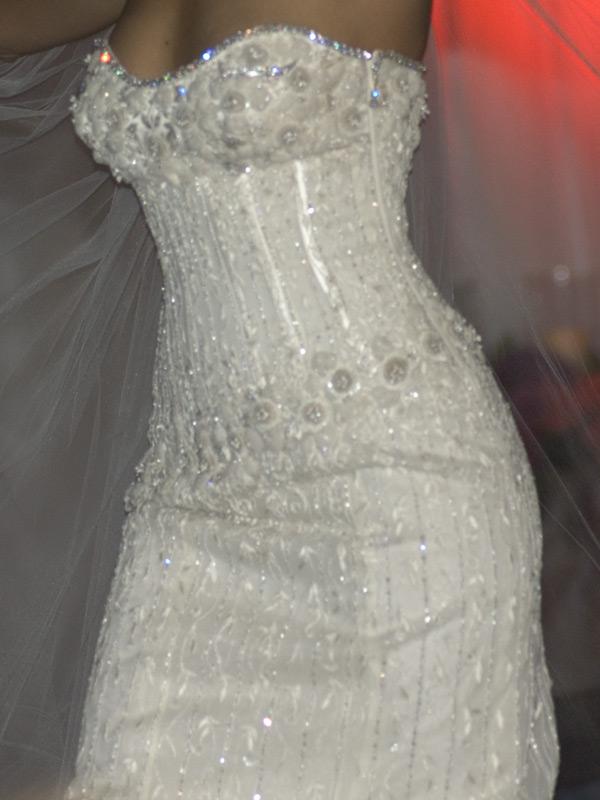 5 Besar Gaun Pernikahan Paling Mahal di Dunia