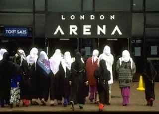 Anak Muda Inggris Dukung Keberadaan Komunitas Muslim