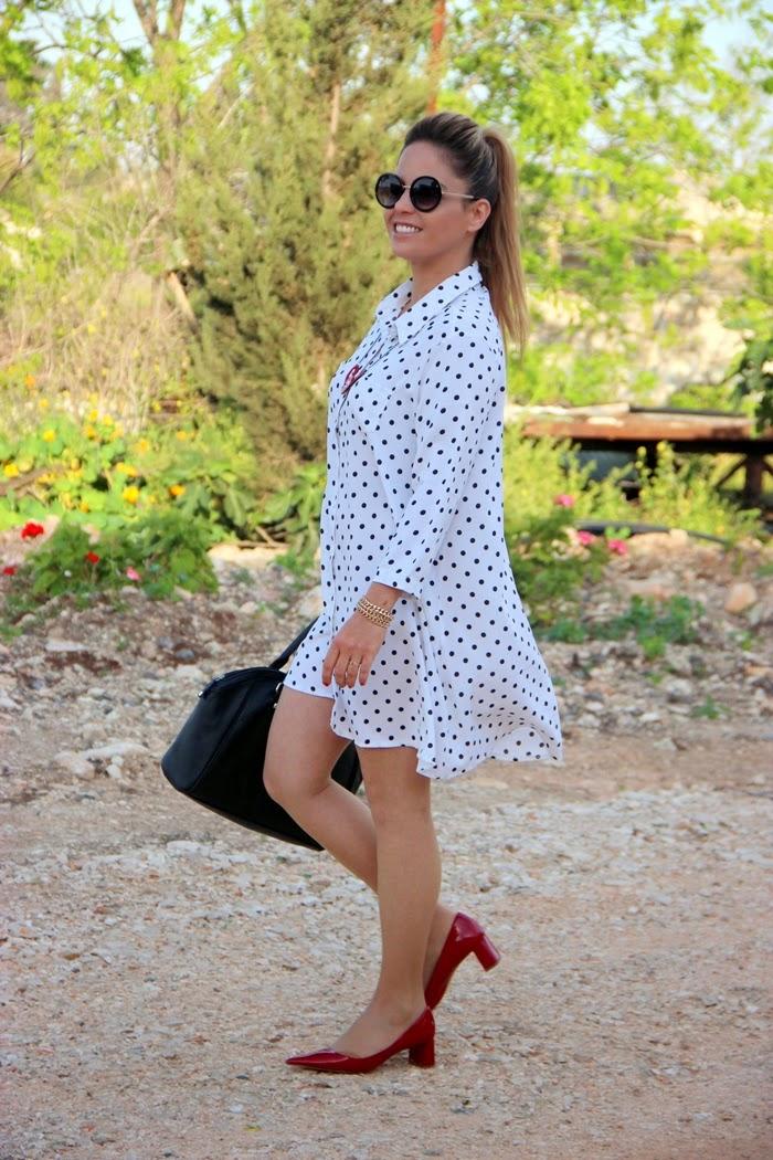 בלוג אופנה Vered'Style - שמלת נקודות