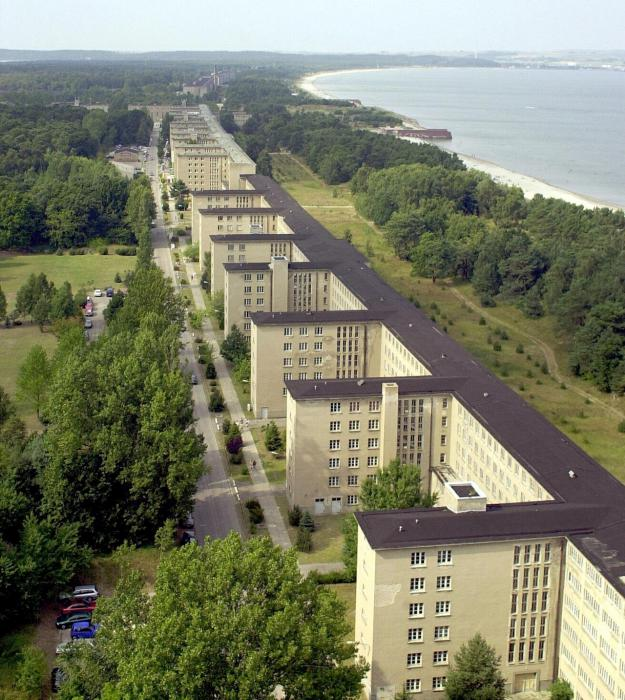 World 39 s largest hotel prora hotel germany for Nazi holiday resort