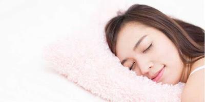 Anda Stres dan Membuat Susah Tidur? Atasi dengan Trik Simpel Ini