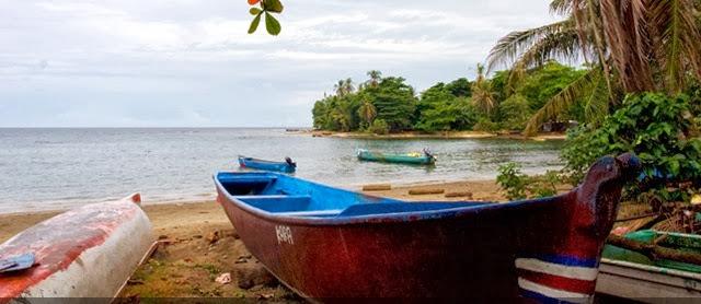 Playa Negra (Puerto Viejo), Limón