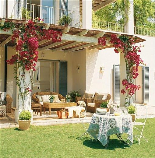 Estilo rustico casa rustica frente al mediterraneo for Porches de casas pequenas