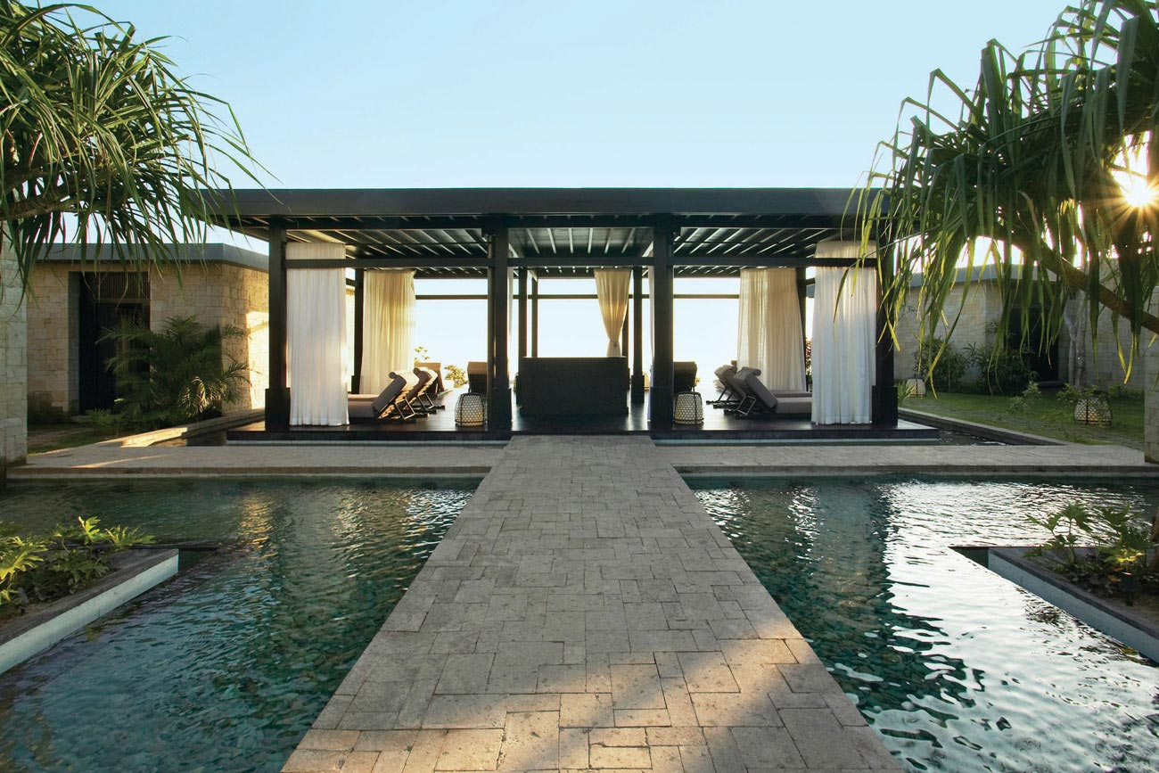 Travel my way indonesia bali bulgari resort villa for Bali home inspirational design ideas