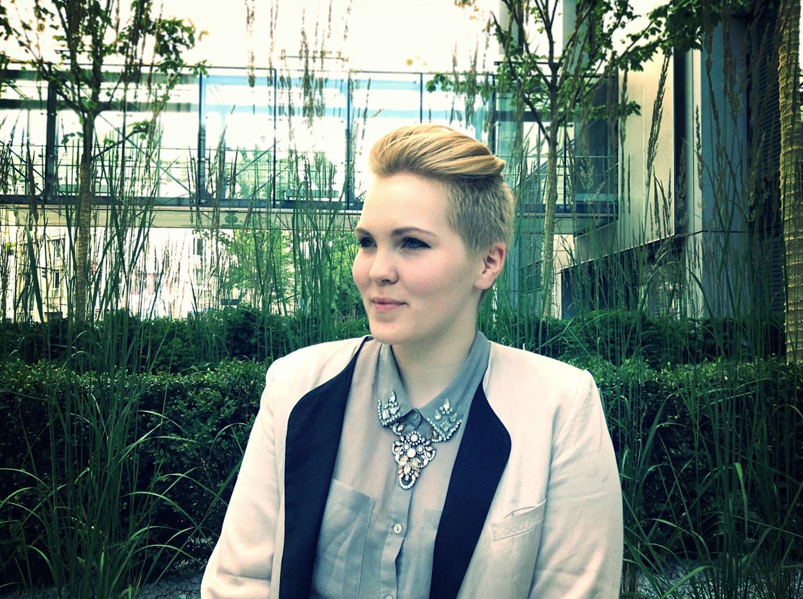 blogger fashion picture