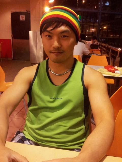 Kami berkenalan di Facebook -- Alvin