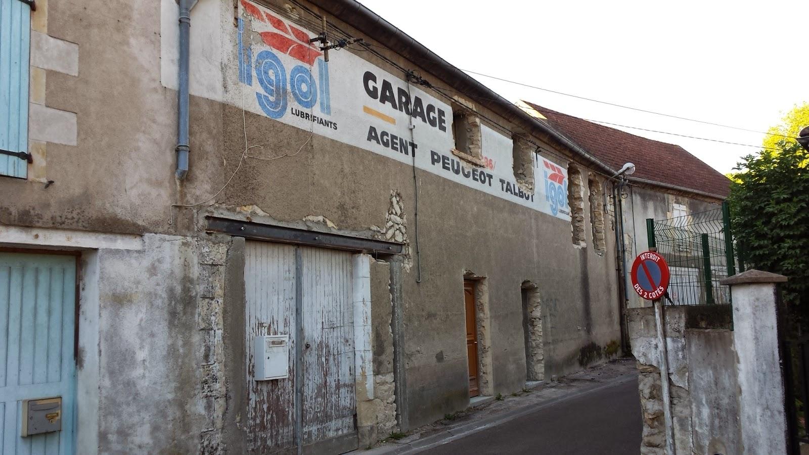 Geodaszner chronique la ni vre fen tre sur cour for Fenetre sur rue hugo
