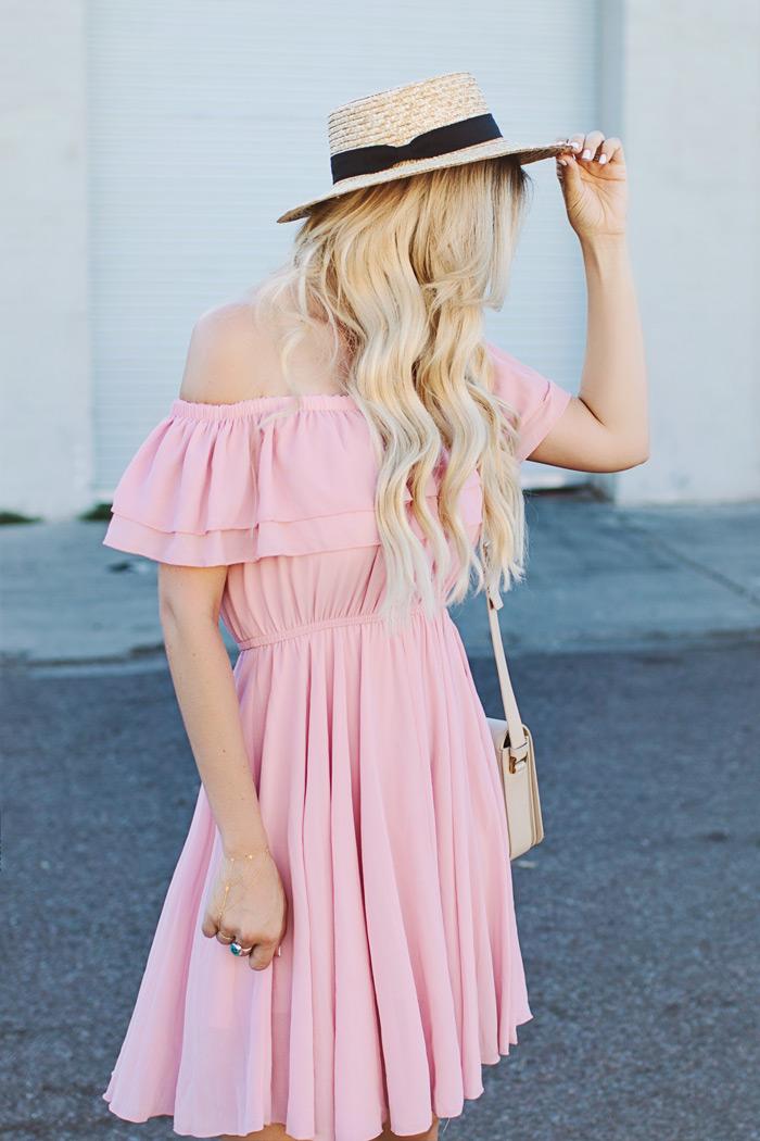 alpargatas com vestido, alpargatas-roupas femininas-moda-vestido-moda feminina-chapéu-vestido rosa-vestido curto-comprar vestidos