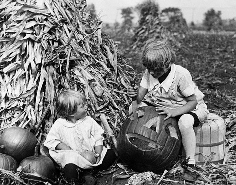 See How Kids Used To Celebrate Halloween From The S Through The