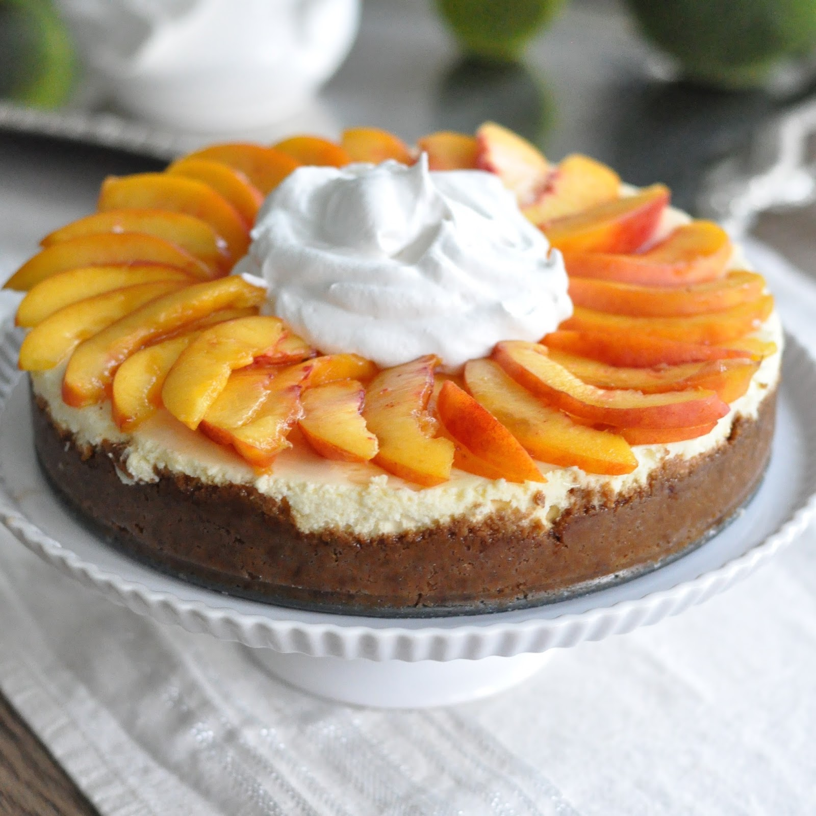 Peaches and Cream Cheesecake with Biscoff Crust