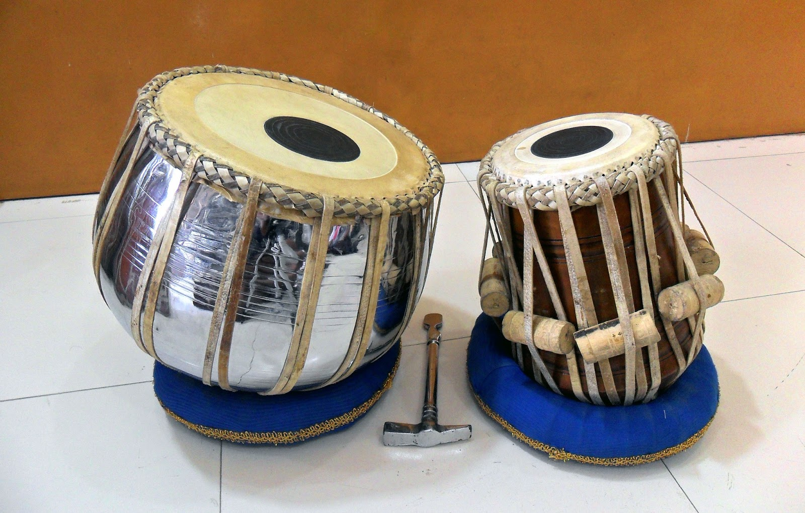 HD Wallpapers Fine: tabla musical instrument hq hd wallpapers free