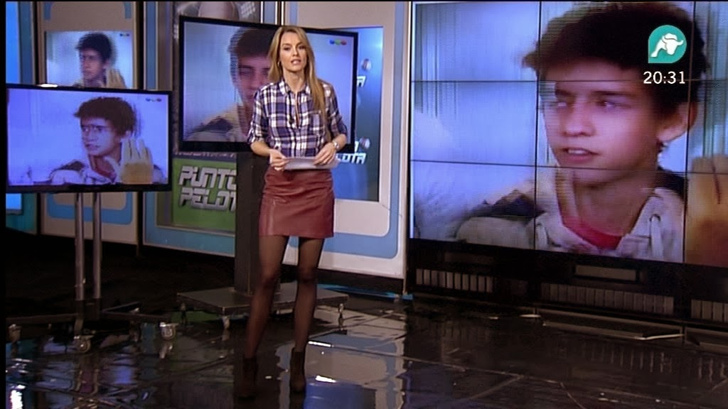 MONICA MARTINEZ, PUNTO PELOTA TARDE (09.12.13)