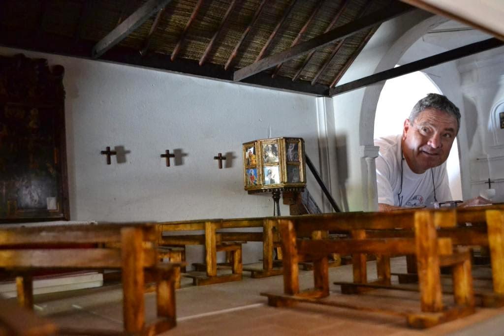 Fuerteventura pedro gopar cumpli su promesa a la virgen de la pe a de reproducir la ermita de - San agustin muebles ...