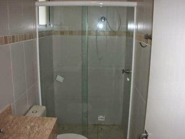 UM CASAMENTO PRA JESUS Escolha do box para banheiro -> Box Para Banheiro Muito Pequeno