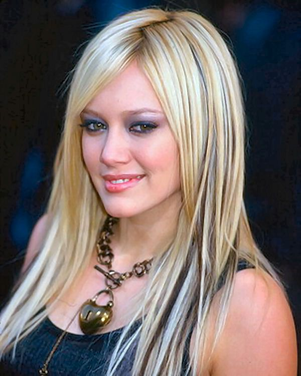 Hilary Duff hot wallpapers 2011