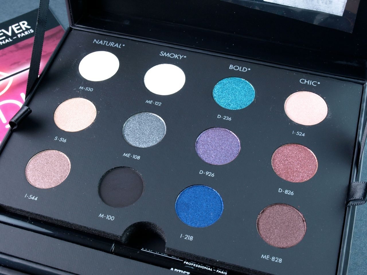 Make Up For Ever Studio Case: Review and Swatches