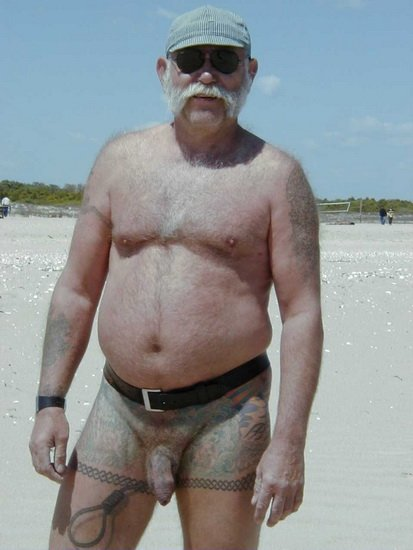 Gay Silverdaddy Naked Men