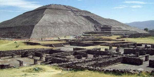 Σήραγγα για τον «κάτω κόσμο» ανακαλύφθηκε σε πυραμίδα του Μεξικού [Βίντεο]