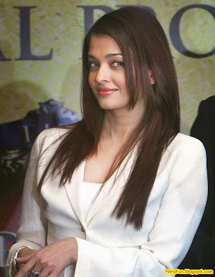 Aishwarya Rai Beautiful Actress Pregnant_FilmyFun.blogspot.com