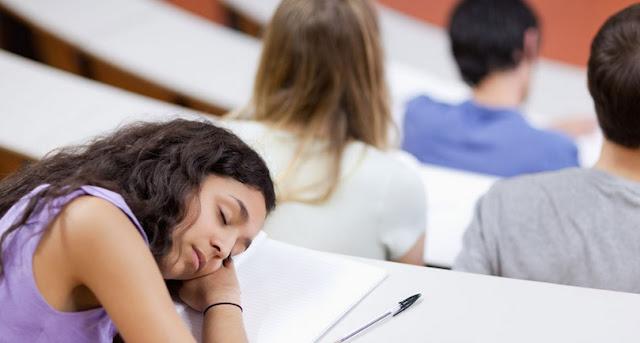 Sering Tidur di Kelas? Inilah Penyebabnya