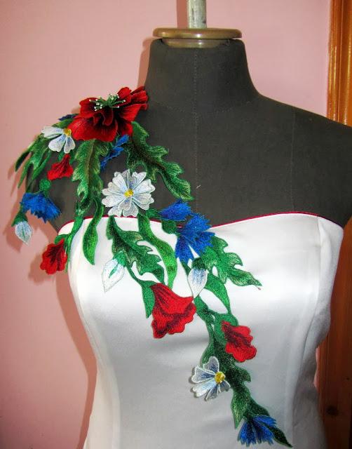 Вишита сукня від Руслани Равлюк з Бучача на Тернопільщині
