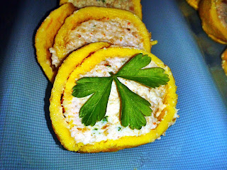 Tortilla rellena de mousse de atún y como hacer una tortilla francesa perfecta.