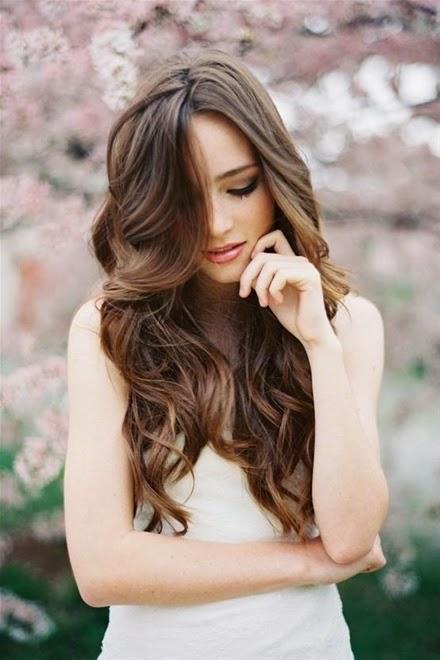 Xu hướng kiểu tóc cô dâu mùa thu 2014 mới lạ và bay bổng6