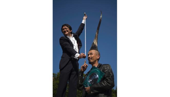 Foto: Rekor Rambut Mohawk Tertinggi di Dunia