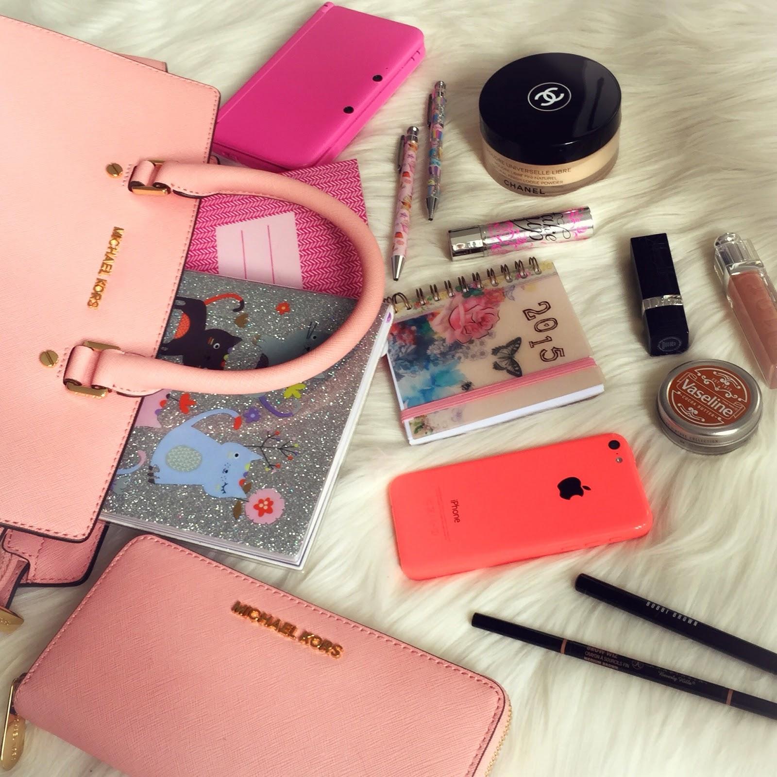 Michael kors bags in dubai - Bag Beige Bag Instagram What S In My Michael Kors Bag