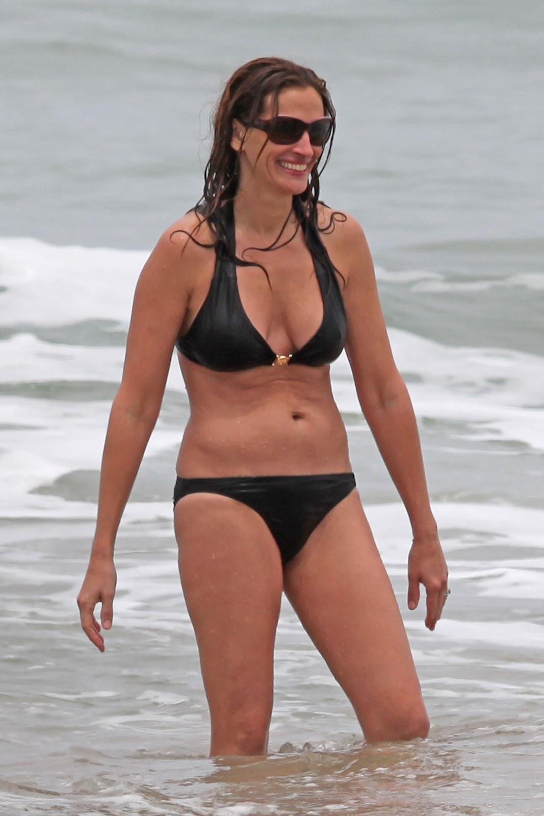 http://2.bp.blogspot.com/-E18O_AOHspo/T8DtMEBZ_II/AAAAAAAAHIo/NDB-c9Sw4jE/s1600/+Julia+Roberts+-+Bikini+candids+Hawaii+%252816%2529.jpg