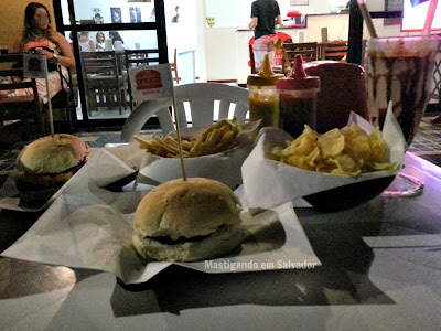 Cine Burger: Refeição