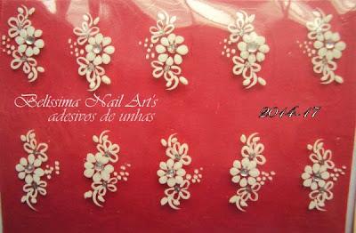 adesivo de flor branca