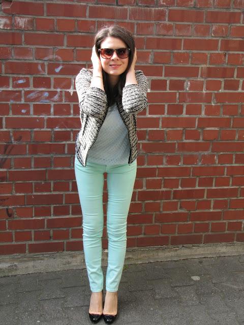 mint colour pants