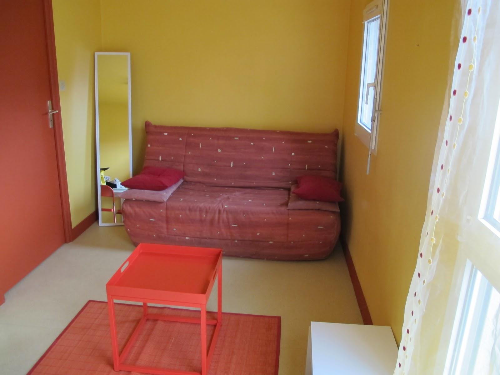 location studios vannes studio n 11 10 avenue de suffren. Black Bedroom Furniture Sets. Home Design Ideas