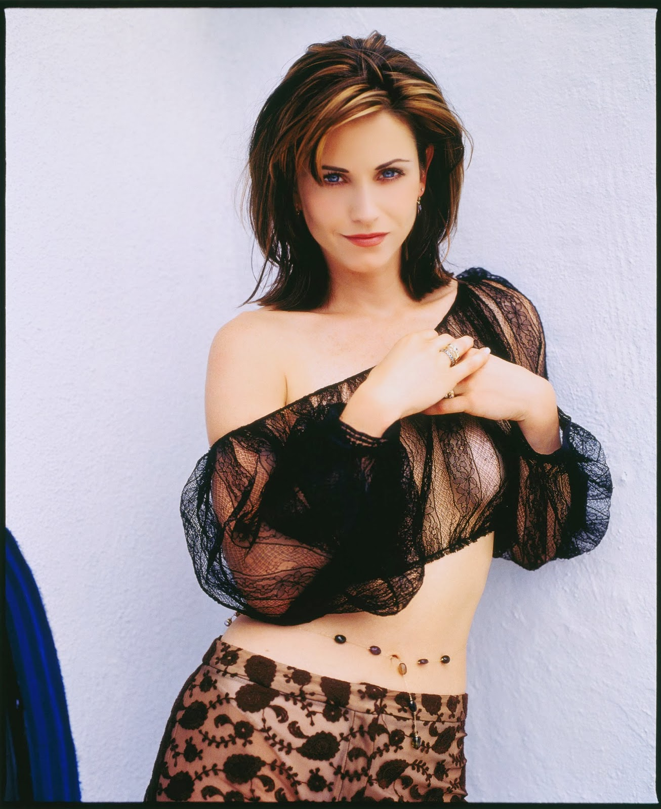 Hot Photoshoot Of A Young Courteney Cox