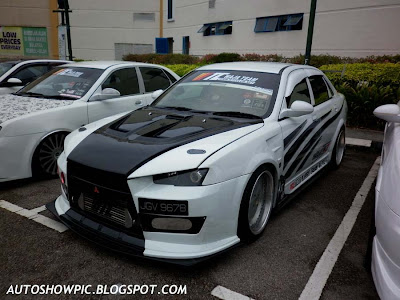 Waja Evolution X bodykit
