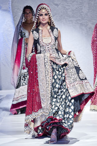 Pakistan Fashion Week 2012 Zainab Sajid