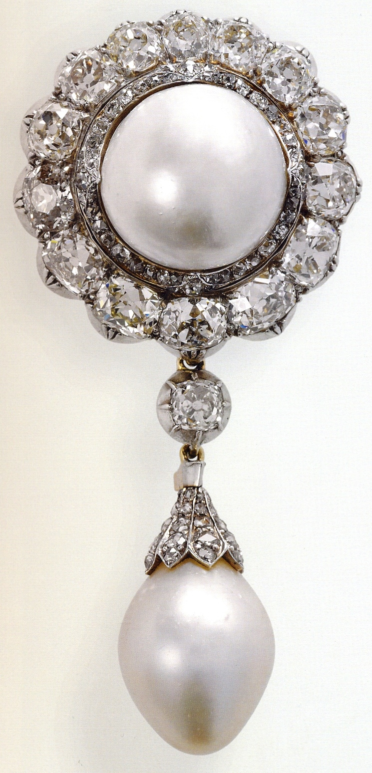 Books birkins and beauty the duchess of cambridges pearl pendant books birkins and beauty mozeypictures Choice Image
