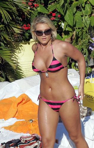 Brooke Hogan hot