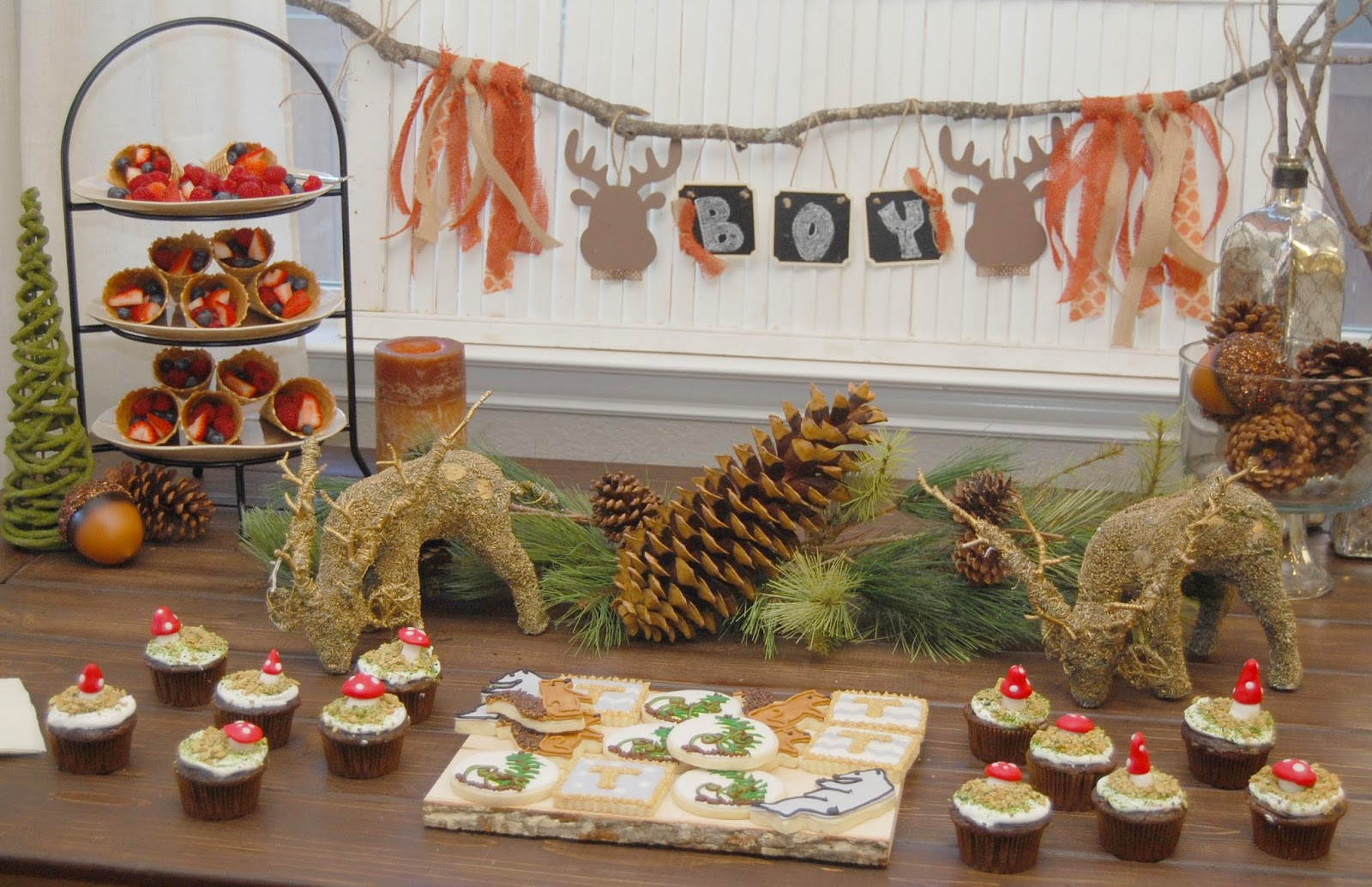 Woodland Baby Shower dessert table