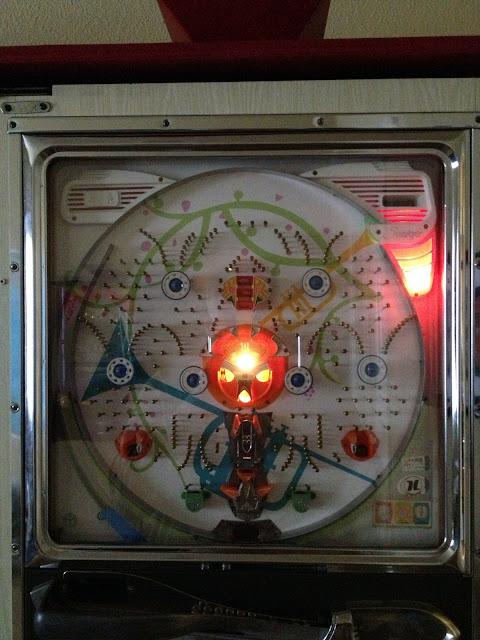 What Am I Doing   My Sankyo Pachinko Machine Gets Her Lights Fixed